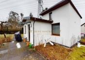 Immobilie Hamburg - Sanierungsbedürftiger Bungalow mit VK, inkl. vermieteten rückwärtigen Bungalow auf großem Grundstück