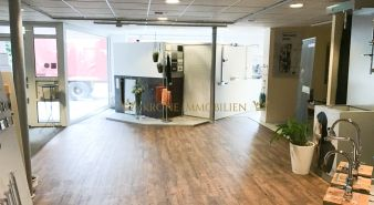 Immobilie Kellinghusen - Drei Büroräume und Ausstellungsfläche mit offenem Küchenbereich - gestaltbar