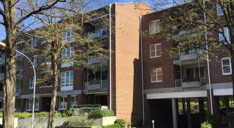 Immobilie Norderstedt - Norderstedt-Mitte, helle 2 Zimmer Wohnung mit Süd-West Loggia