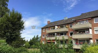 Immobilie Quickborn - Top sanierte, große 148m² Maisonette-Wohnung mit Balkon in Quickborn Heide