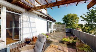 Immobilie Ellerau - 1/2 Hausteil - Große Wohnung über 3 Ebenen im Zweifamilienhaus in Feldrandlage