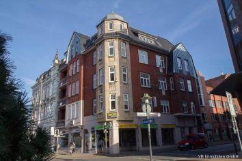 Immobilie Elmshorn - Elmshorn direkte City-Lage! Schöne 2-Zimmer-Dachgeschoss-Wohnung auch für eine WG geeignet