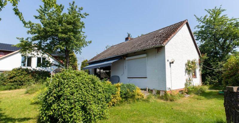 Immobilie Ellerau - Ellerau! Kleines Einfamilienhaus auf           wundervollem Grundstück zu verkaufen